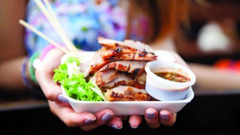 Khám phá các món ăn trứ danh đến từ khắp nơi trên thế giới tại sự kiện.