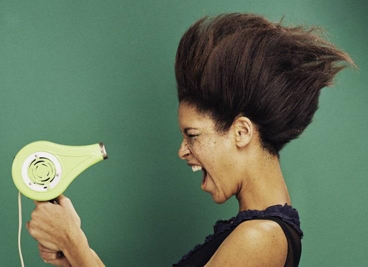 25 Thói quen hàng ngày vô tình phá hủy mái tóc của bạn