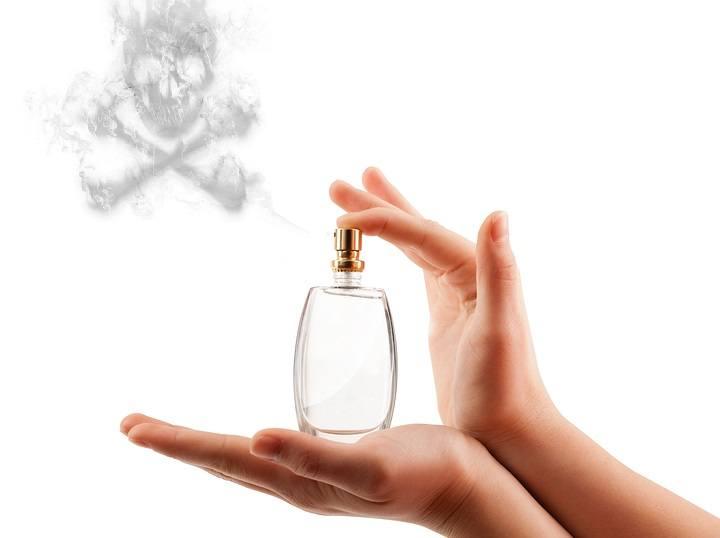 24 loại hóa chất độc hại đang có mặt trong mỹ phẩm của bạn