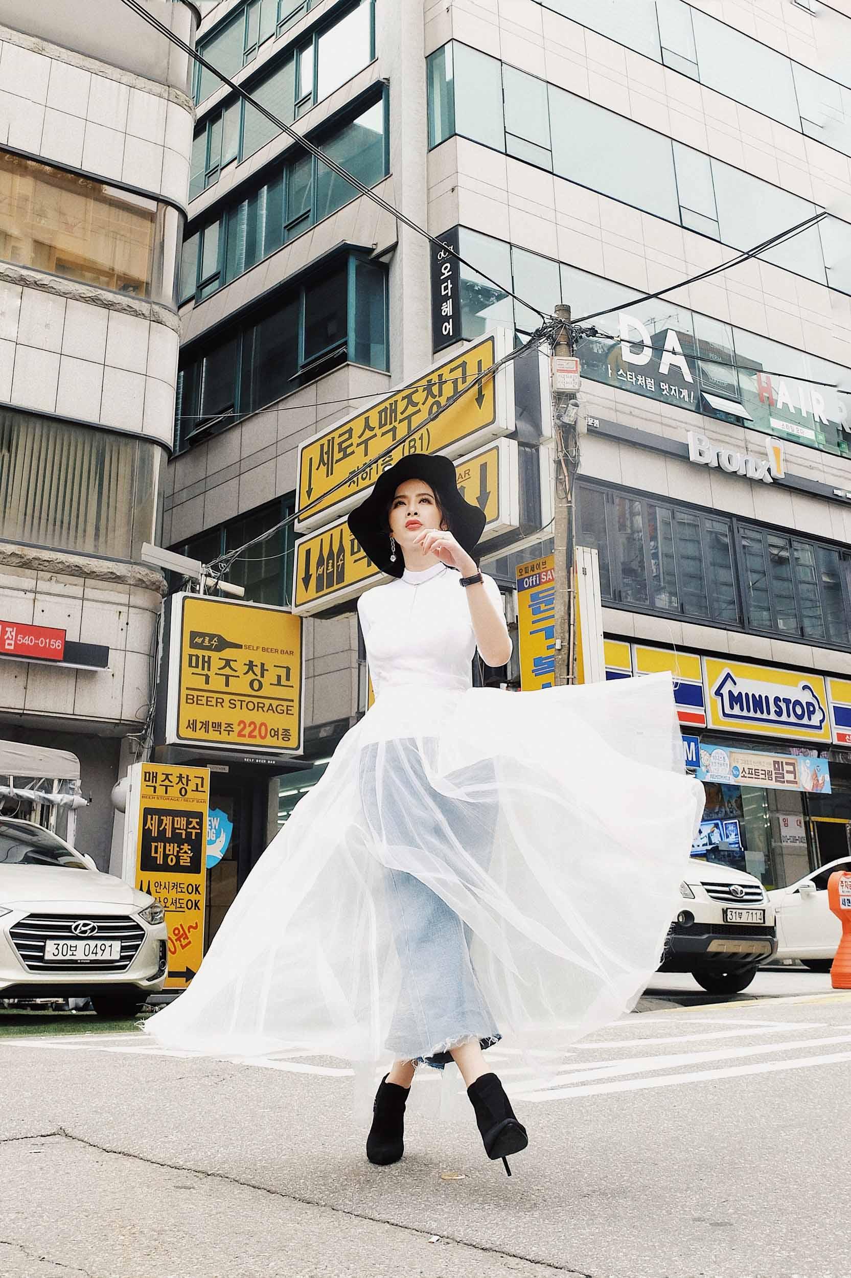 Angela-Phuong-TrinhDam-sheer-IT-Girl-2