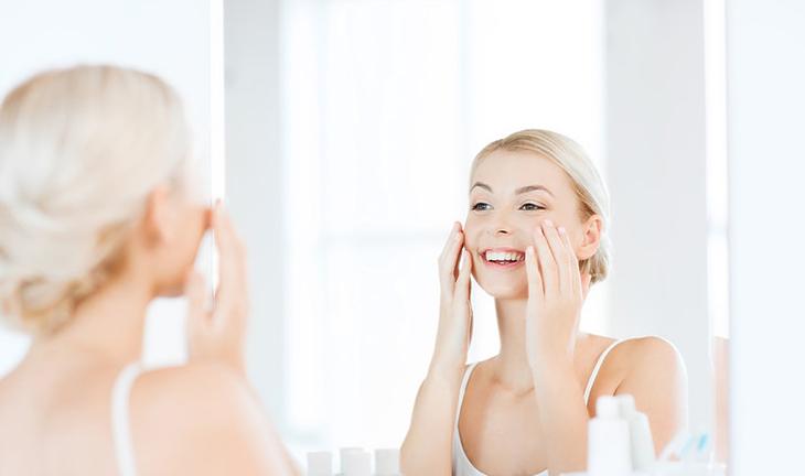 Cách rửa mặt tăng đôi hiệu quả bảo vệ làn da trong mùa hè ELLE VN