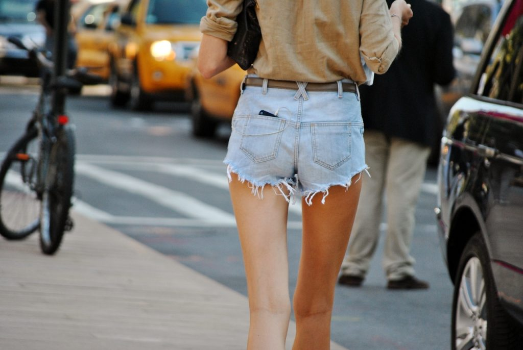 quần shorts denim
