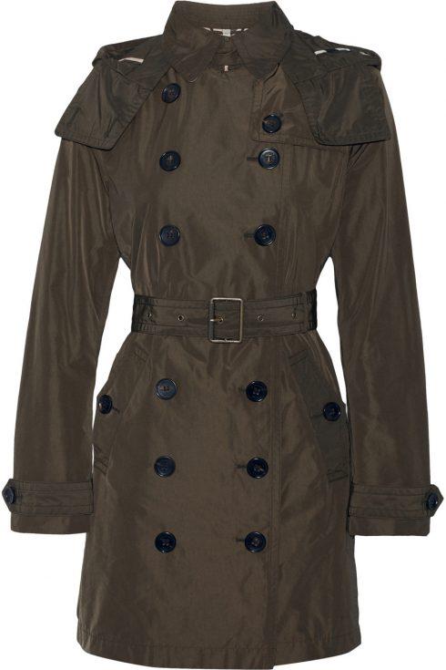 Ellevn_raincoat_Buberry