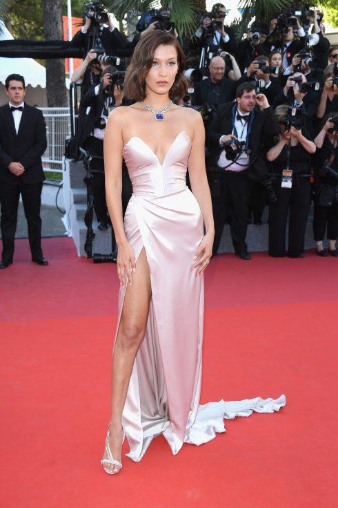 sự cố trang phục đáng tiếc trên thảm đỏ Liên hoan phim Cannes - 13