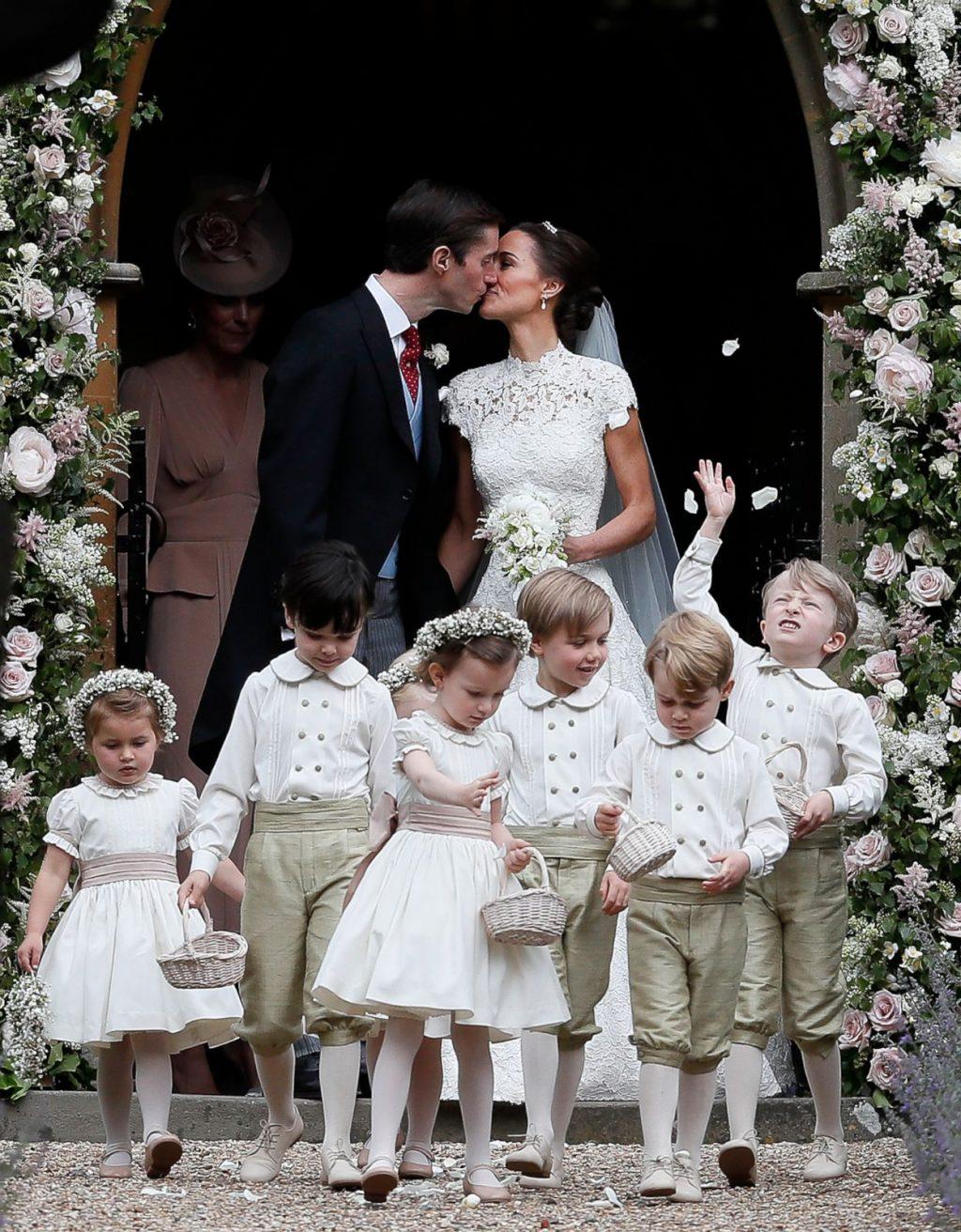 Toàn cảnh hôn lễ của em gái Công nương Middleton - 08