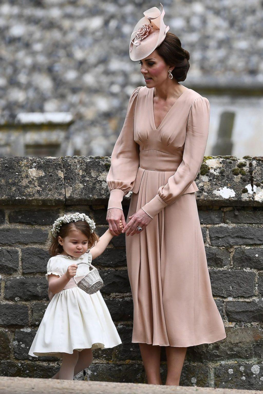 Toàn cảnh hôn lễ của em gái Công nương Middleton - 16