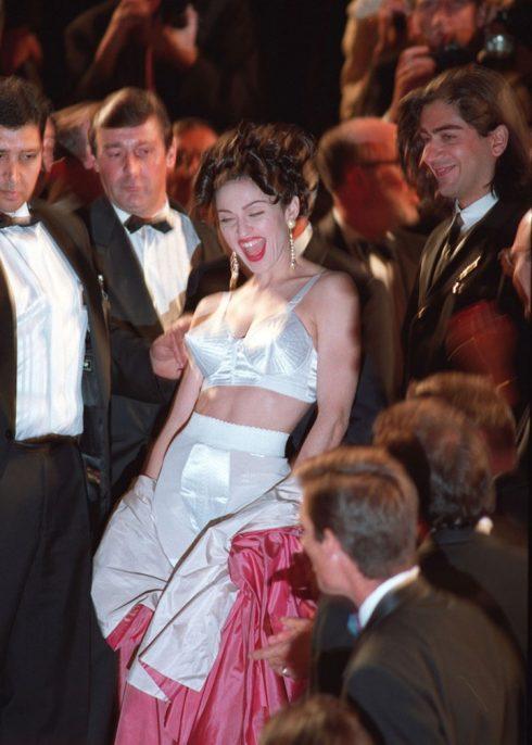 Những khoảnh khắc đáng nhớ trong lịch sử Liên hoan phim Cannes - 31
