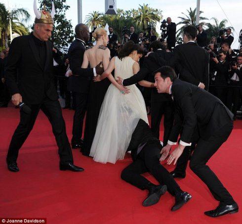 Những khoảnh khắc đáng nhớ trong lịch sử Liên hoan phim Cannes - 33