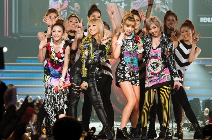 2NE1 vẫn được coi là một tượng đài phong cách của sân khấu Kpop