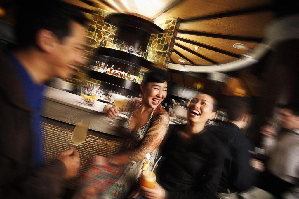 Đêm rượu vang tại Sun Set Bar