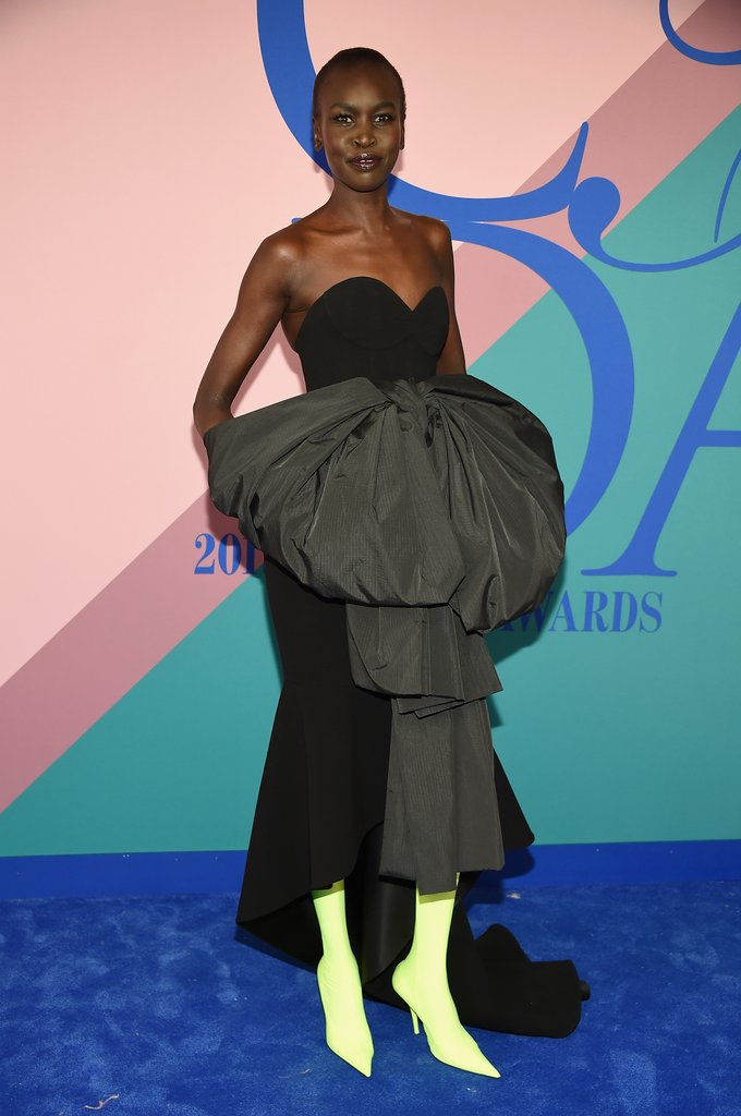 Siêu mẫu kiêm NTK Alek Wek với chiếc đầm và đôi giày ấn tượng