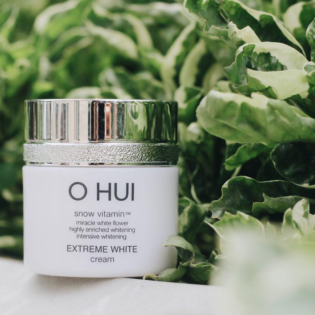 Kem dưỡng trắng da Ohui Extreme White giúp bạn có làn da trắng hiệu quả và an toàn