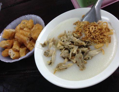 Ăn Cả Thế Giới với 20 quán ăn ngon ở Hà Nội nổi tiếng chục năm qua - ảnh 16
