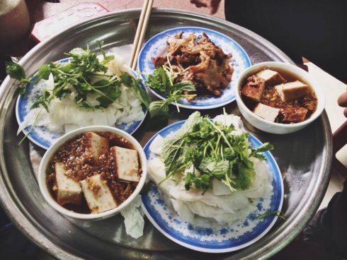 Ăn Cả Thế Giới với 20 quán ăn ngon ở Hà Nội nổi tiếng chục năm qua - ảnh 7