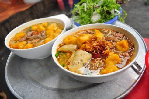 Ăn Cả Thế Giới với 20 quán ăn ngon ở Hà Nội nổi tiếng chục năm qua - ảnh 18