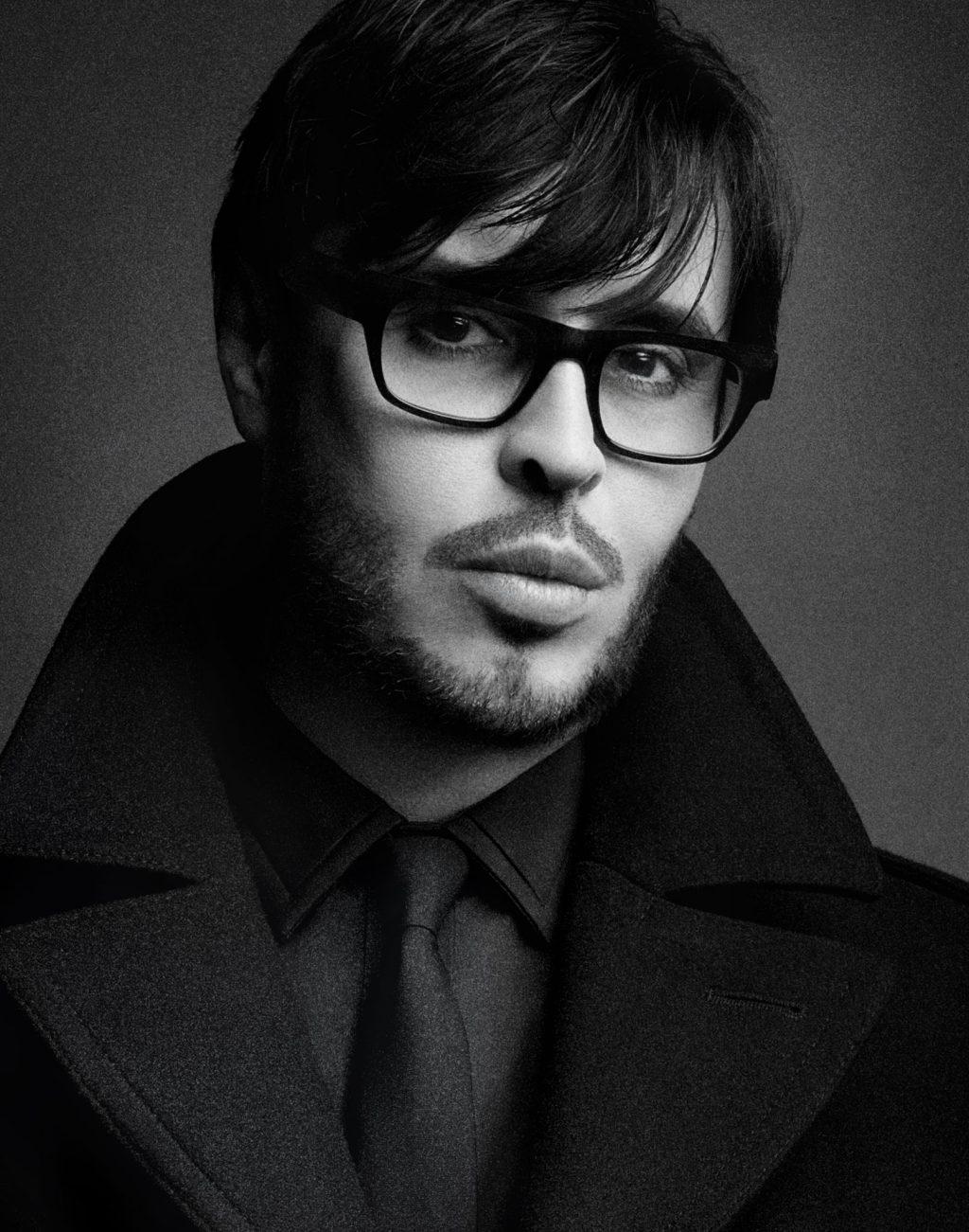 Chuyên gia trang điểm François Nars đồng thời là nhà sáng lập thương hiệu mỹ phẫm NARS