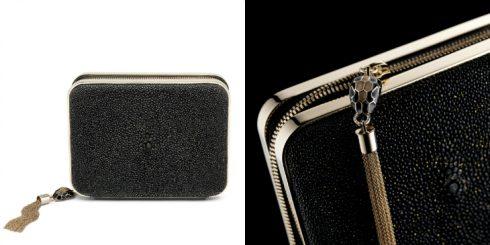 SERPENTI CLUTCH GALUCHAT được làm từ chất liệu da cá sấu rất khó chiều, được ví như viên kim cương lấp lánhnhờ vào kĩ thuật nhuộm bóng mờ, đậmnét cổ điển và sang trọng.