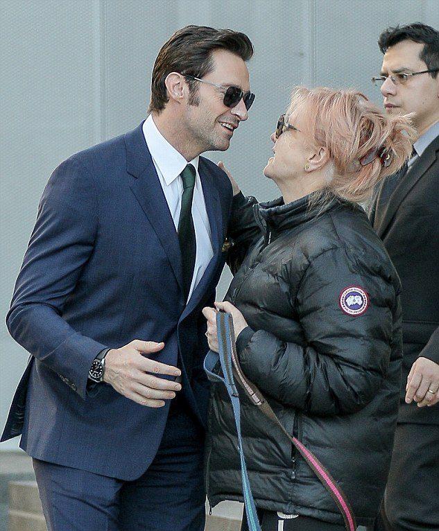 Hugh Jackman luôn xem Deborra-Lee Furness là người vợ tuyệt vời nhất