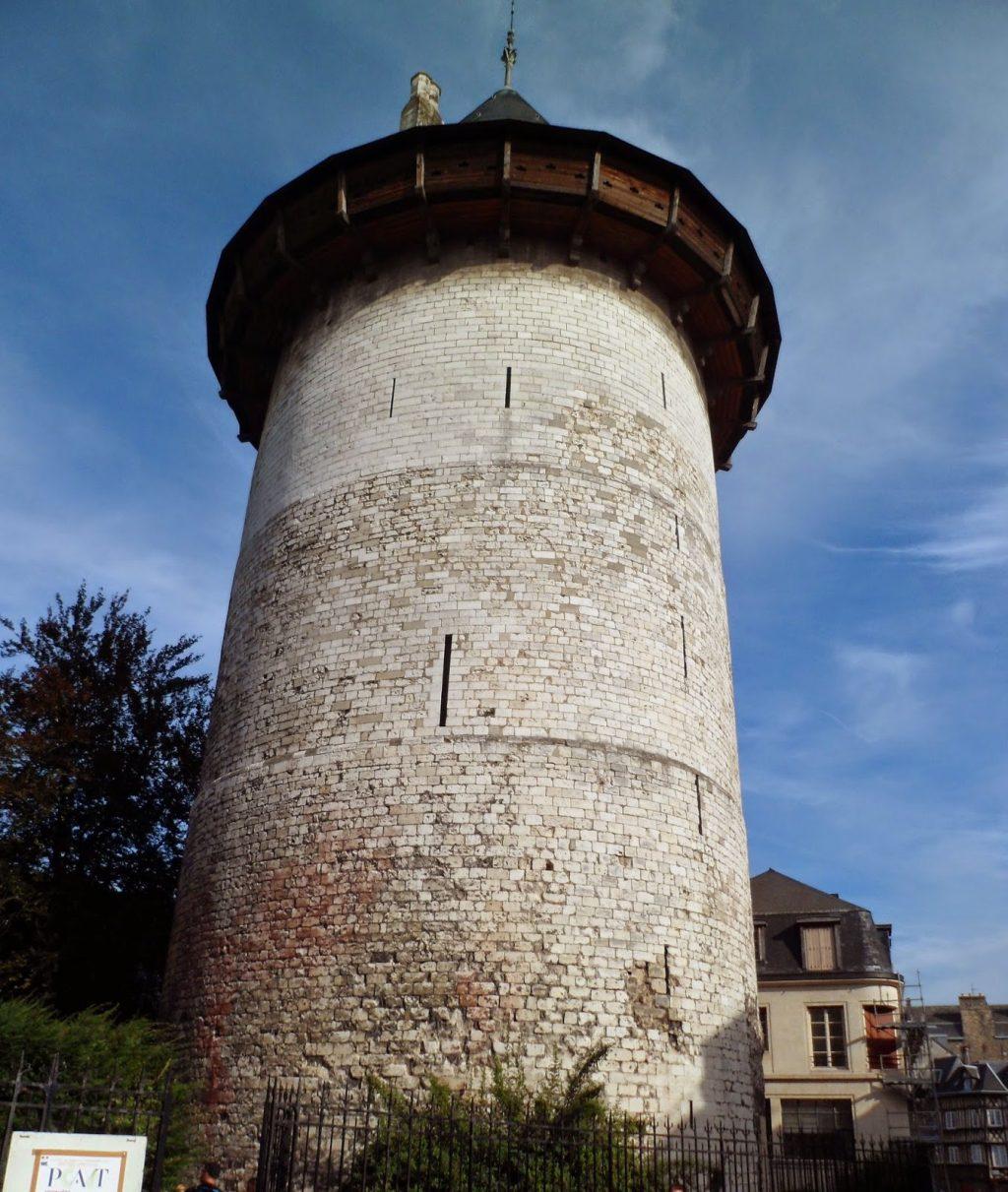 Tòa tháp Jeanne d'Arc