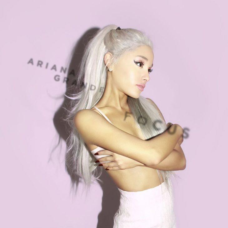 Một người phụ nữ trưởng thành thật sự quyến rũ luôn bước qua những bước ngoặt nhất định, và Ariana cũng thế