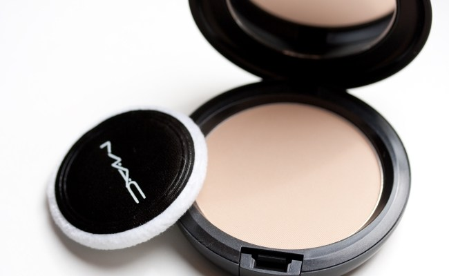 Phấn phủ MAC Blot Powders