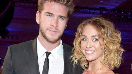 Mẹ Miley Cyrus lấp lửng về việc đính hôn của con gái