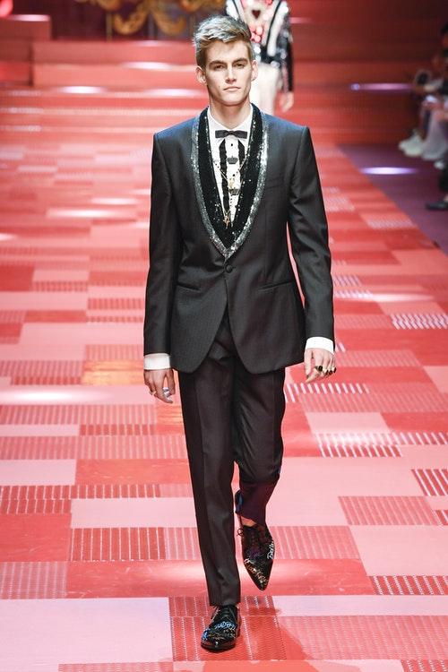 Presley Gerber at Dolce & Gabbana Menswear Spring 2017