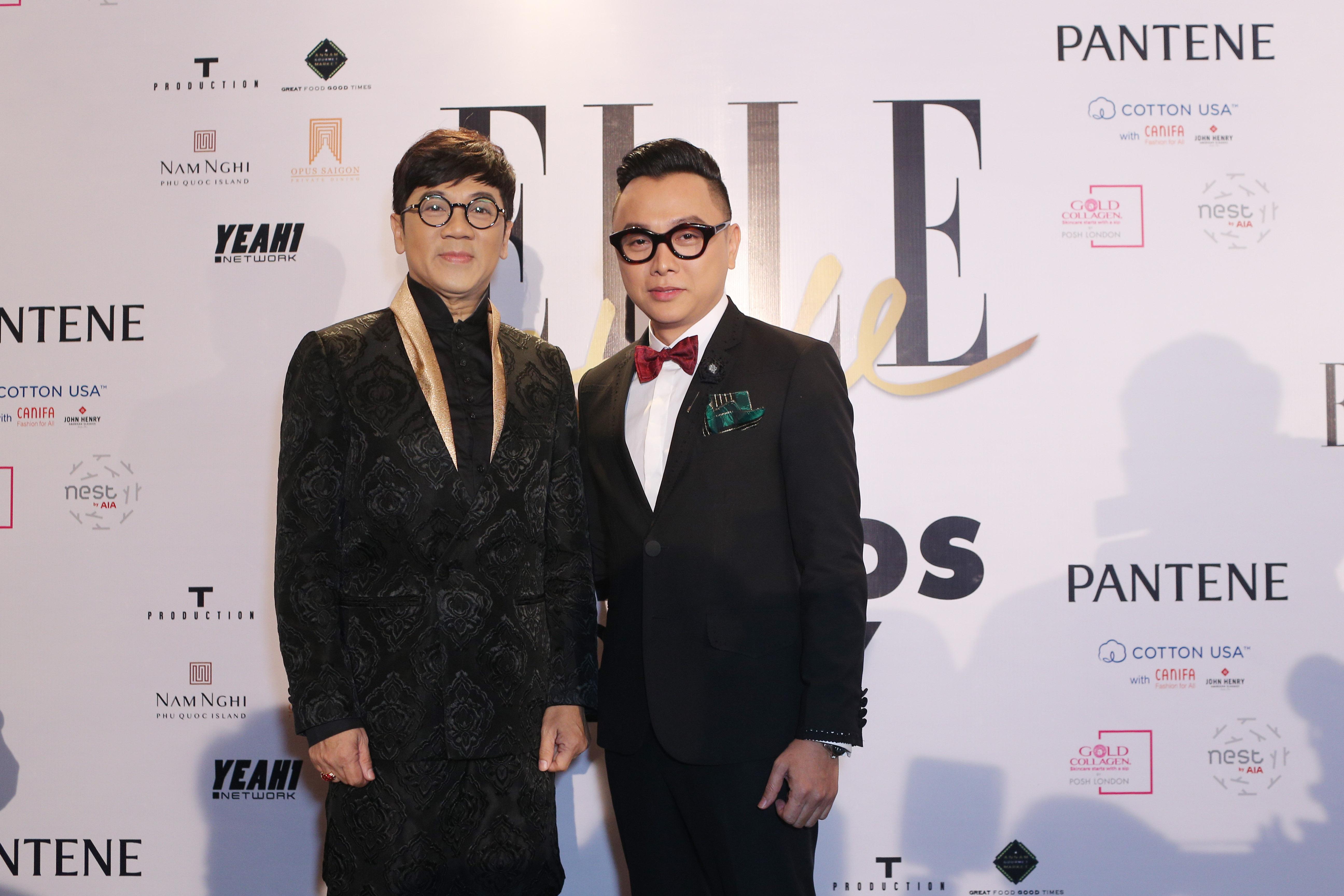 nghệ sĩ Thành Lộc và nhà thiết kế Công Trí trên thảm đỏ ESA 2017.