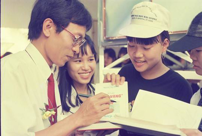 Nhà báo Lại Văn Sâm những ngày đầu làm chương trình SV 96