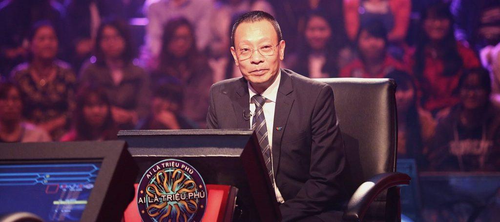 Nhà báo Lại Văn Sâm trong chương trình Ai là triêu phú