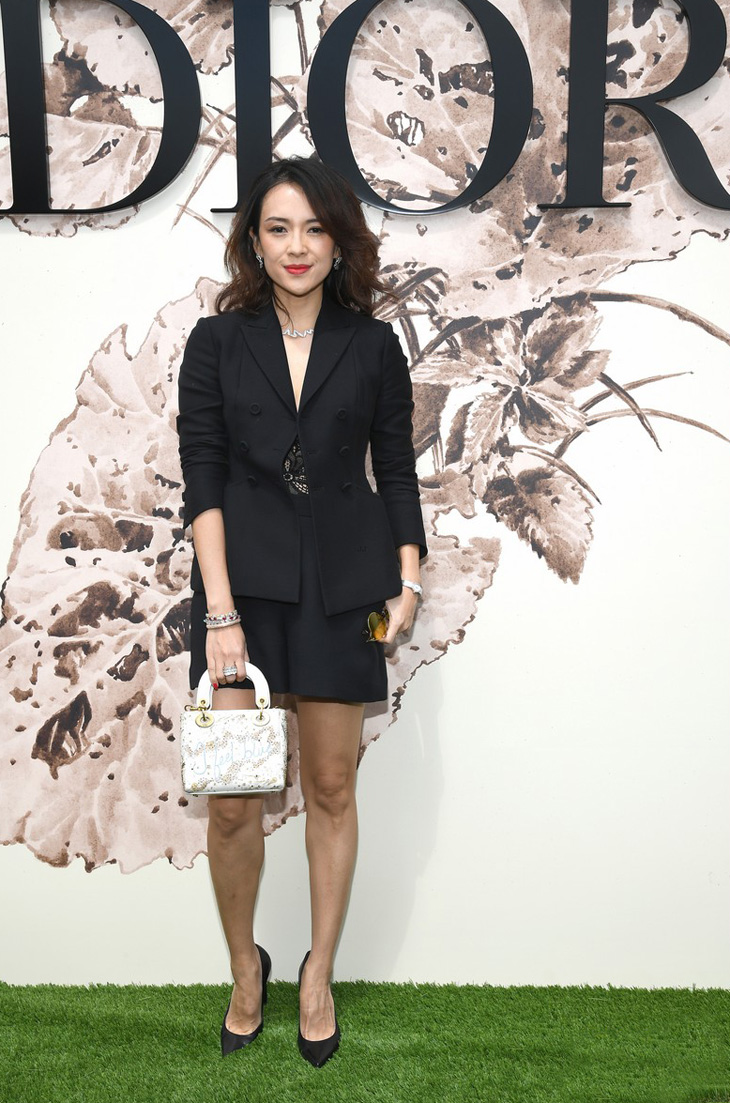Christian+Dior+Photocall+Paris+Fashion+Week_chuong tu di