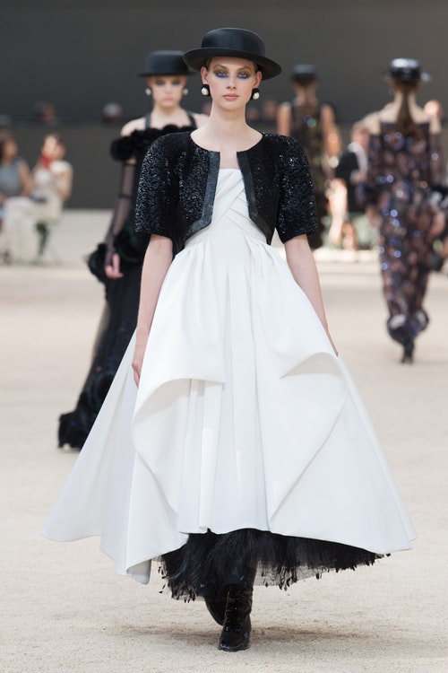 Chanel Couture Thu 2017_ELLEVN