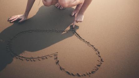 Bói ngày sinh để khám phá tình yêu mà bạn mong đợi nhất