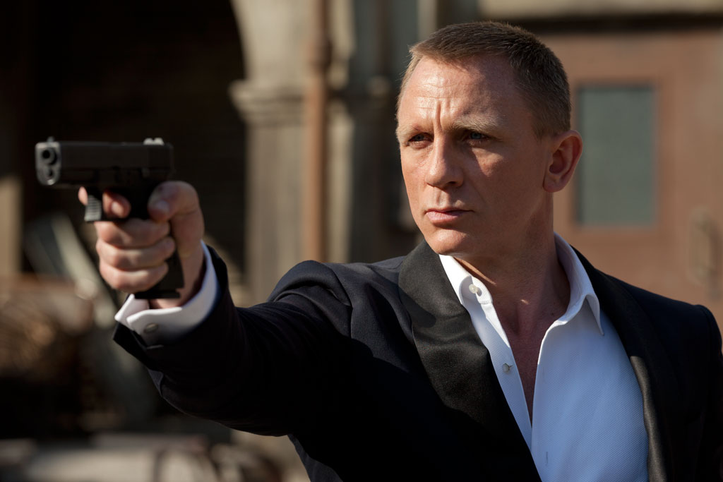 Daniel Craig trong bộ phim Skyfall (2012)