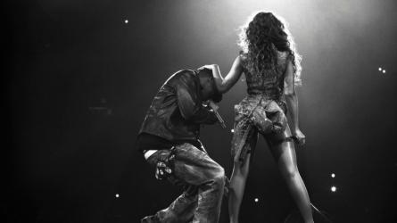 """JAY-Z và Beyoncé: mối quan hệ không được """"xây dựng trên 100% sự thật"""""""