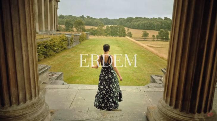 ERDEM vẫn giữ nguyện sự lãng mạn thương hiệu của mình khi hợp tác với H&M