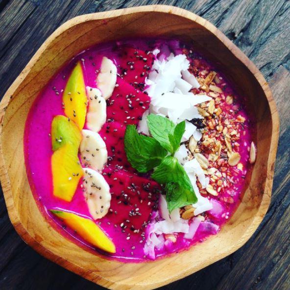 Những món ăn độc đáo từ trái thanh long Việt Nam
