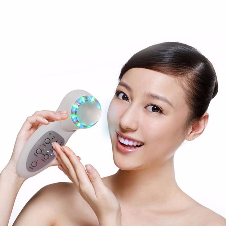 Ánh sáng xanh – phương pháp làm sạch da mới nhất