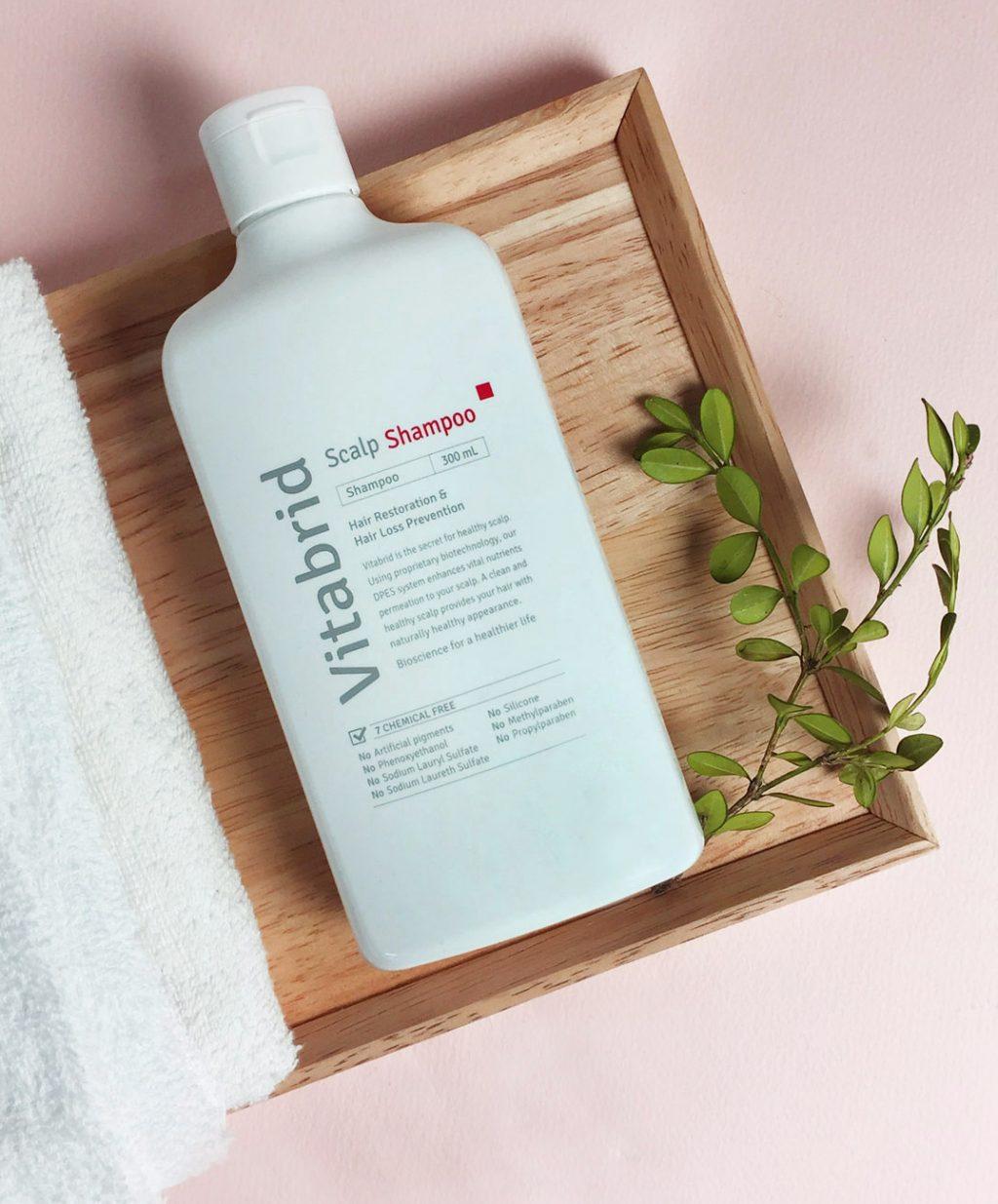 Dòng sản phẩm Vitamin C dành riêng cho mái tóc: Vitabrid Scalp Shampoo