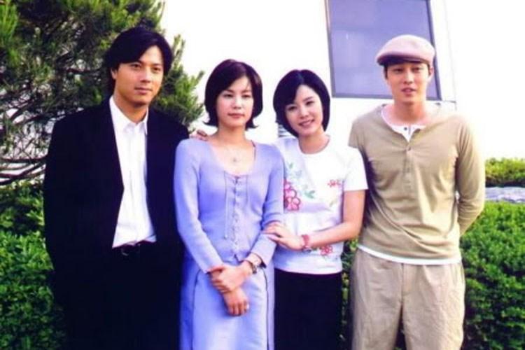 Dàn diễn viên chính của phim (từ trái sang): Han Jae Suk, Kim Ji Ho, Kim Hyun Joo, So Ji Sub.