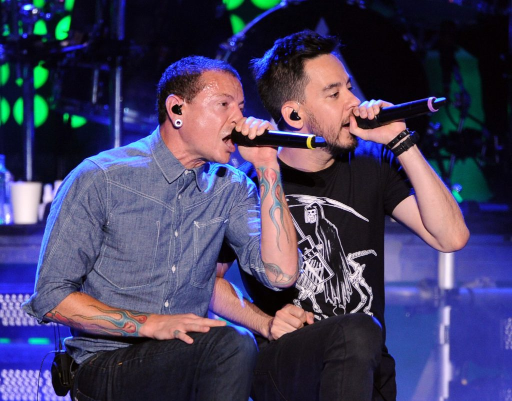 Chester Bennington và rapper kiêm guitarist Mike Shinoda