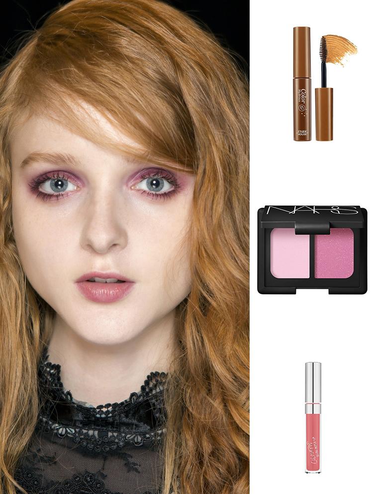 Sản phẩm gợi ý: Mascara lông mày Etude House, màu mắt Nars. son kem lì Colourpop.