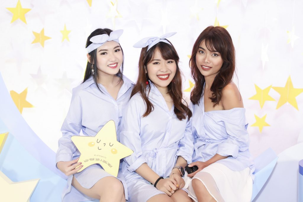 Các Beauty Bloggers: Chloe Nguyễn, An Phương (Letsplaymakeup), Liên Anh