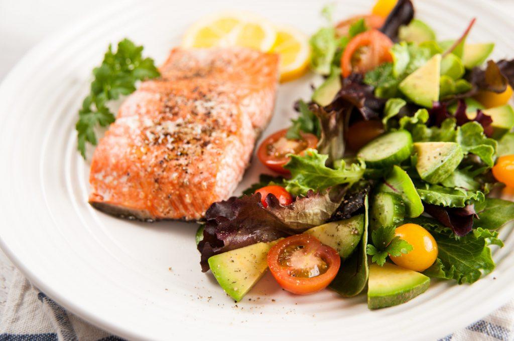Nên biết cân nhắc ăn các thực phẩm lành mạnh, khoa học