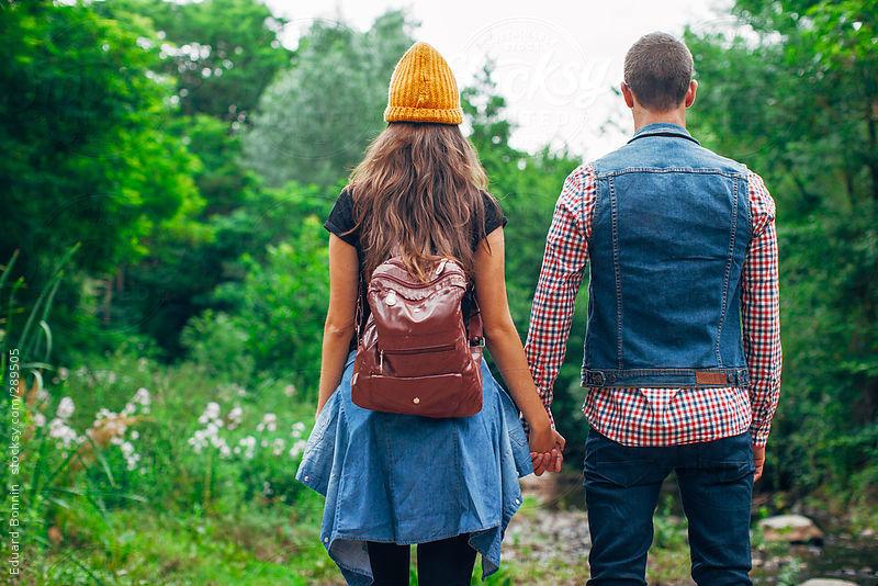 7 dấu hiệu tình yêu chứng tỏ anh ấy muốn được ở bên bạn