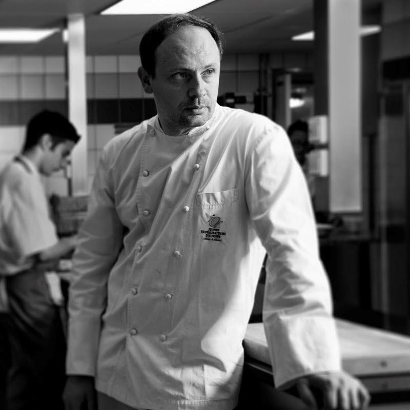 Đầu bếp 2 sao Michelin - Thierry Drapeau