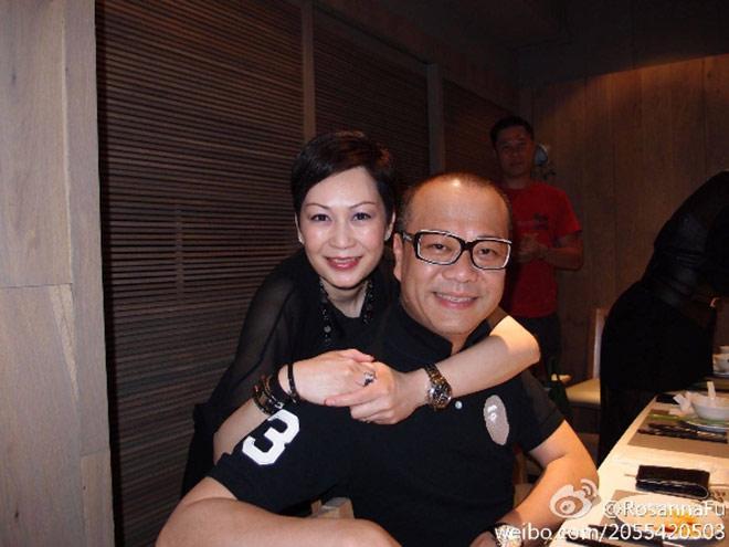 Cuộc hôn nhân thứ hai hạnh phúc của Âu Dương Chấn Hoa và vợ