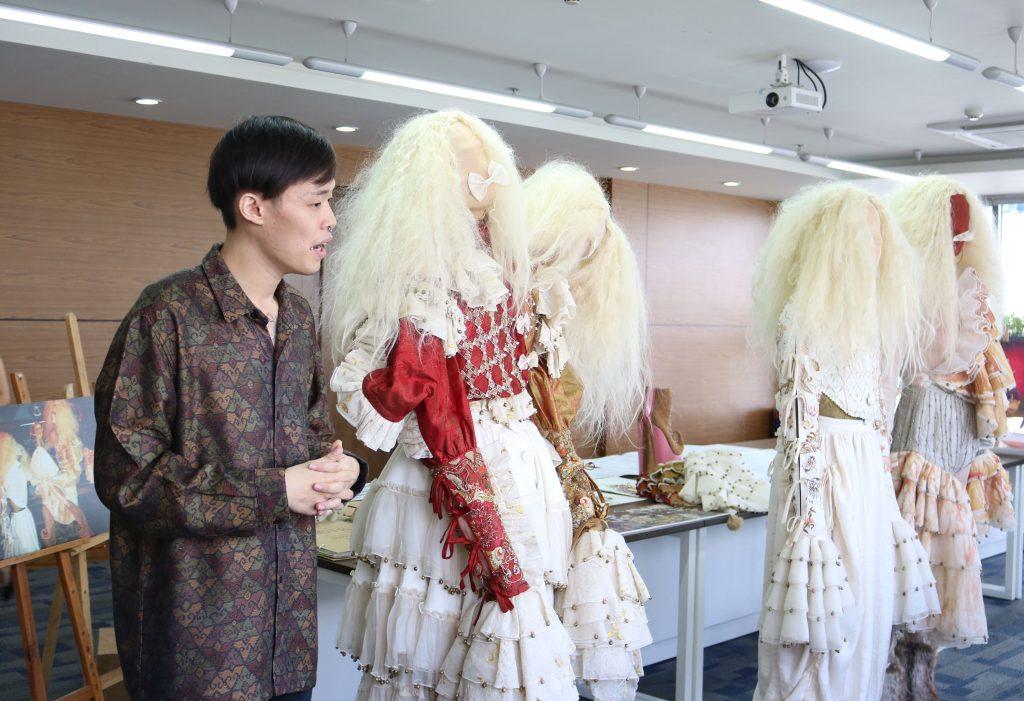 "Phan Vũ Khoa và BST ấn tượng ""Le cirque du freak"""