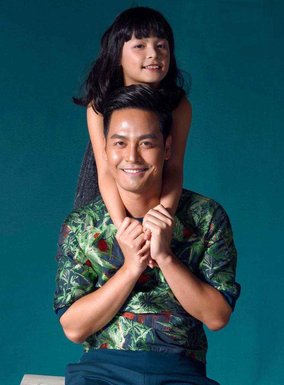 Con gái cưng của Phan Anh càng lớn càng xinh đẹp. Vô cùng tự hào về con nhưng anh không tránh khỏi những lo lắng khi thấy con dần trưởng thành.