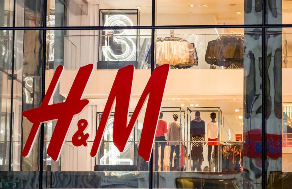 cửa hàng h&m khai trương